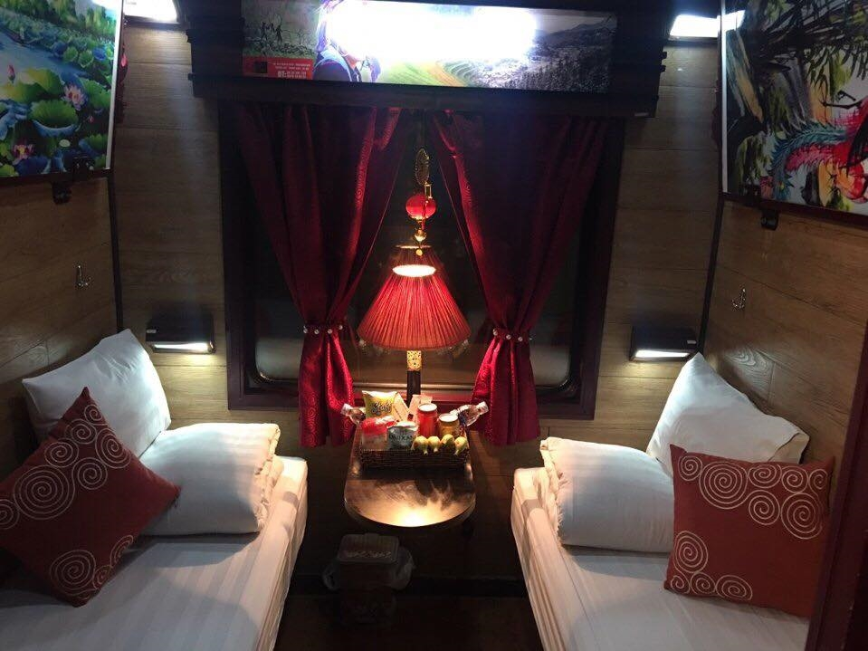 Phòng 4 giường Deluxe Cabin