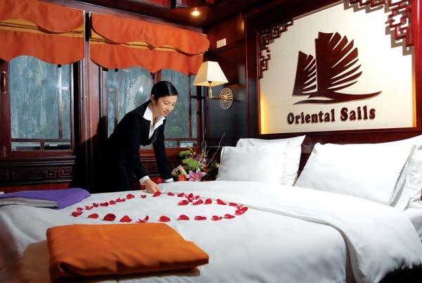 Du Thuyền Oriental Sails 3 Ngày 2 Đêm