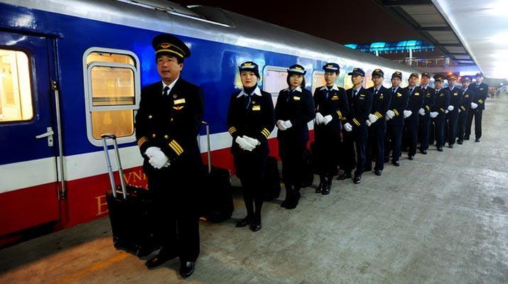 SE4 / Tàu nhanh nhất SG-HN