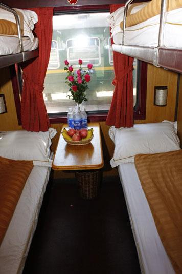 Cabin 4 giường điều hòa ốp gỗ - 4